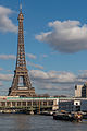 Tour Eiffel and Pont de Bir-Hakeim as seen from Ile aux Cygnes 140203 7.jpg