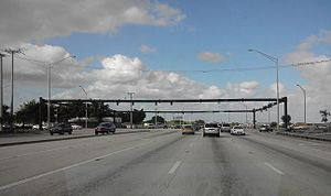 Transportation in South Florida - A very large intersection between two surface roads in Broward County; University Drive intersects Pembroke Road.