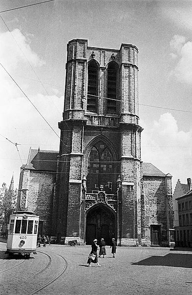 A tram at the church of St. Michael in Ghent.   En spårvagn vid kyrkan Saint-Michel (Sint-Michielskerk) i Gent.   Location: Gent (Gand), Oost-Vlaanderen, Belgium, België  Photograph by: Berit Wallenberg  Date: 28.06.1934 Format: Film  Persistent URL: kmb.raa.se/cocoon/bild/show-image.html?id=16001000100444  Read more about the photo database (in english): www.kms.raa.se/cocoon/bild/about.html