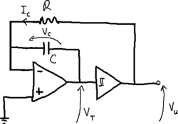 Triangular and square-wave generator circuit.png