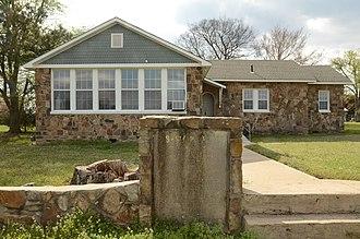 Tucker School (Spiro, Oklahoma) - Image: Tucker School (Spiro, OK) 1 of 3
