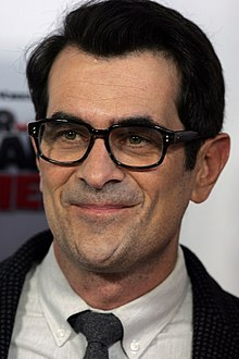 ty burrell height