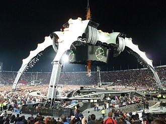 Estadio Nacional Julio Martínez Prádanos - U2 360° Tour