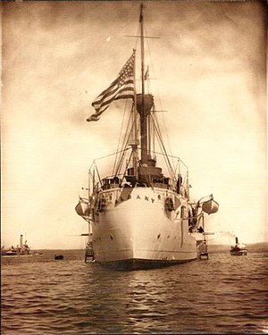 USS Albany (CL-23) - Albany at Santa Monica, California, 8–10 September 1909.