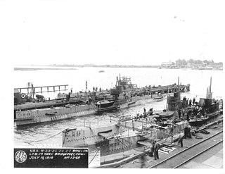 USS <i>R-23</i> (SS-100) US Navy submarine