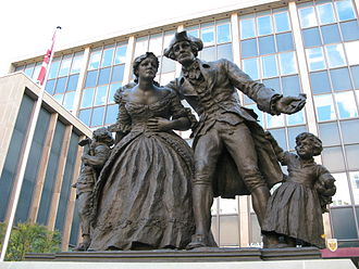 History of Hamilton, Ontario - Statue commemorating the United Empire Loyalists in Downtown Hamilton. Loyalists fleeing from the American Revolutionary War were the first Europeans to settle the area.