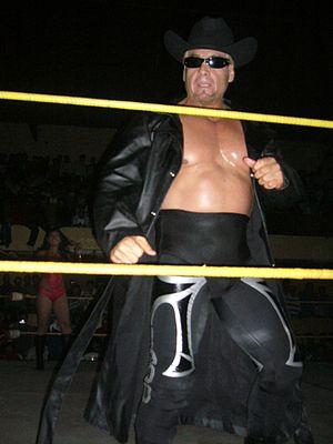Los Capos - Universo 2000, member of Los Capos