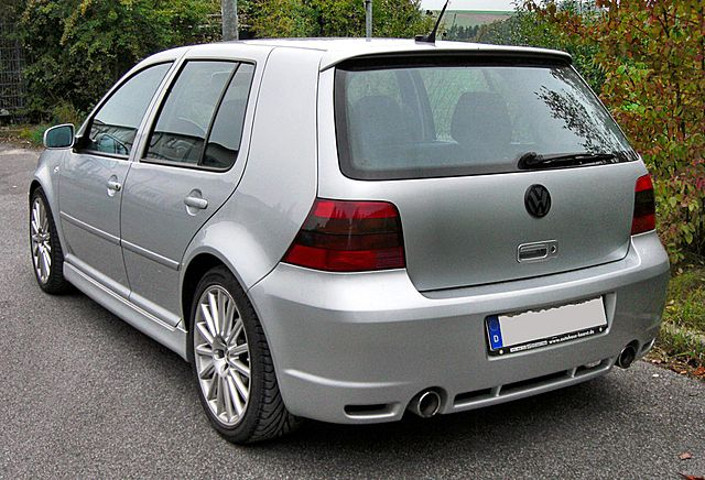 file vw golf iv r32 20090916 wikimedia commons. Black Bedroom Furniture Sets. Home Design Ideas