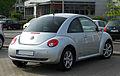 VW New Beetle Freestyle (2. Facelift) – Heckansicht, 7. Mai 2011, Düsseldorf.jpg