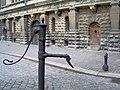 Vandpost i gården på Kronborg (4804706727).jpg