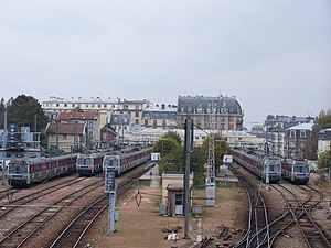 Versailles-Rive-Droite Station - The tracks viewed from the Rue de Clagny overpass.