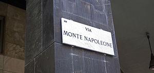 Fashion in Milan - Image: Via Monte Napoleone (Milan)