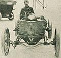 Victor Demogeot en 1906, sur Darracq 80 hp.jpg