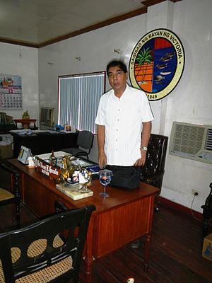 "Victoria, Laguna - Victoria Mayor Raul ""Nonong"" Gonzales"