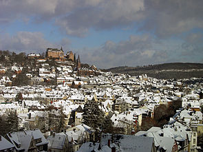 View of Marburg and castle in winter.jpg