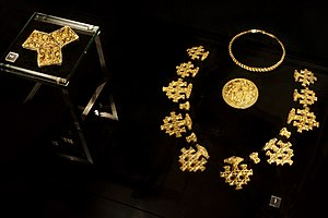 Viking art - Gold jewellery from the 10th century Hiddensee treasure, mixing Norse pagan and Christian symbols.