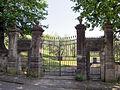 Villa palmieri, ingresso villa secondaria 02.JPG