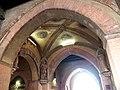 Voltone del Podestà con terracotte dei patroni di Bologna.jpg