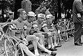 Voor de start van een etappe, v.l.n.r. Ab Geldermans, Coen Niesten, Wim van Est,, Bestanddeelnr 911-3768.jpg