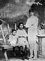 WR Soepratman with his sisters.jpg