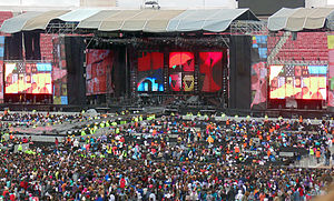 Where We Are Tour (One Direction) - Tour stage at Santiago, Chile
