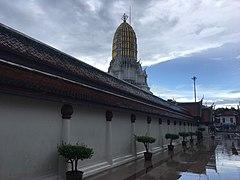 Wat Phra Si Rattana Mahathat in Phitsanulok 5.jpg