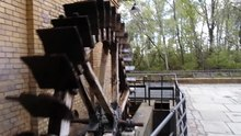 File:Water wheel at the German Museum of Technology.webm