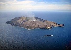 White Island 2013.jpg