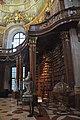 Wien, Österreichische Nationalbibliothek, Prunksaal (1726) (27870055359).jpg
