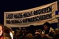 Wien - Lichterkette Unsere Ministerien nicht in die Hände von Rechtsextremen - 01.jpg