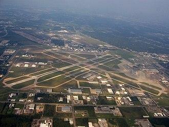 William P. Hobby Airport - Image: William P Hobby Aerial