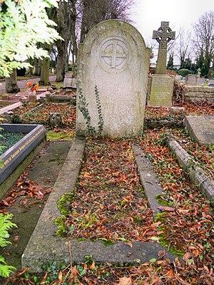 Letchworth Cemetery - Image: William Henry Gaunt Grave Letchworth