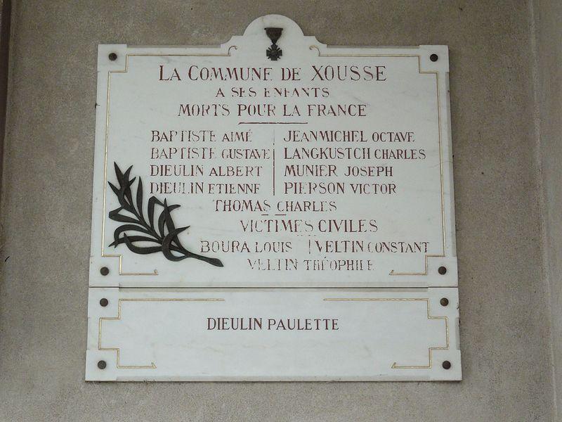 Xousse (M-et-M) plaque monument aux morts sur l'église