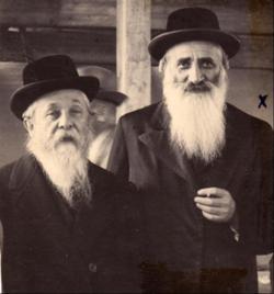 עם גיסו רבי אליעזר הגר (דמשק אליעזר)
