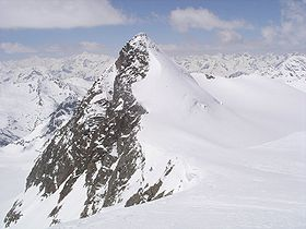 Zuckerhuetl seen from Wilder Pfaff, Stubai Alps, Austria.jpg
