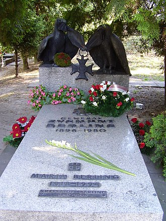 Zygmunt Berling - Berling gravestone