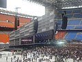 """""""Friendly Fires"""" waiting for the """"Muse"""" - San Siro, Milano (8148238724).jpg"""
