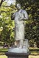 (Toulouse) - Jardin du Grand Rond - Statue du poète toulousain Louis Vestrepain par Antonin Mercié.jpg