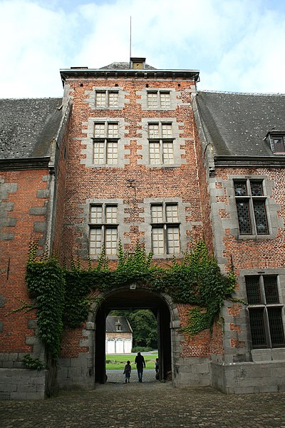Écaussinnes-d'Enghien  (Belgium), tower-porch of the internal court in the « la Follie » castle (XVIth century).
