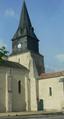Église Saint-Romain de Curzon (vue 6 de la place de la Mairie).png