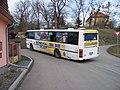 Úholičky, Náves, autobus linky 350.jpg