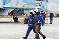 Авиационный персонал государственной авиации на фоне Су-30М2.jpg