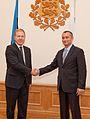 Николай Младенов с председателя на Комисията по външни работи на естонския парламент (8066116520).jpg