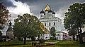 Собор Святой Троицы в Кремле. Псков.jpg