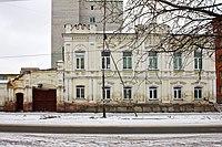 Советская 95 Дом и ворота купцов Рыловых.jpg