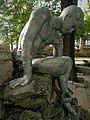 """Фрагмент входного фонтана со скульптурой """"Мальчик"""", Ессентуки, Лечебный парк.jpg"""