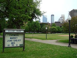 Elliot Park, Minneapolis - Elliot Park, at the center of the neighborhood of the same name