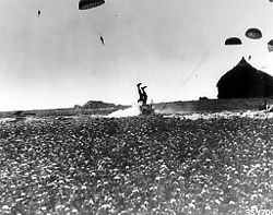 101st Airborne sautant en Hollande le 24 September 1944