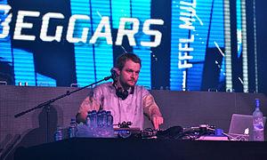 Foreign Beggars - DJ Nonames, Paaspop 2014