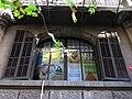 144 Casa Carles Casades, c. Provença 318 (Barcelona), finestra.jpg